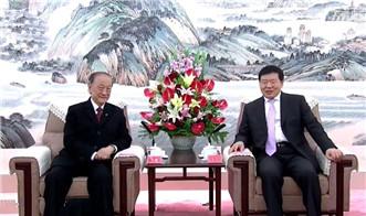 娄勤俭会见台湾新党主席郁慕明:深化合作 坚持